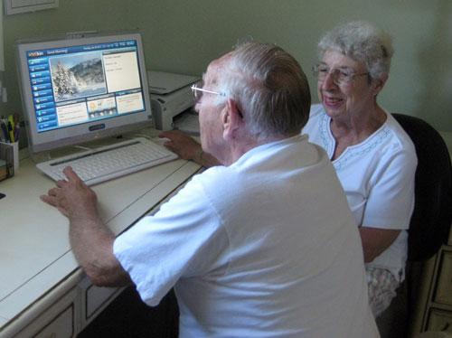 Senior Parents at Telikin Computer